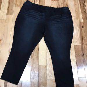 EUC Roamans 4X distressed leggings